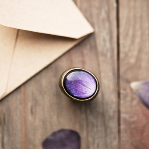 Oval cocktail ring